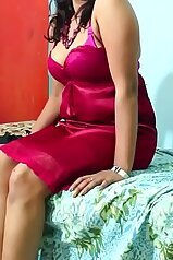 Bored Indian MILF is about to get real freaky