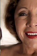Wrinkly-ass bitch getting pounded in a POV vid