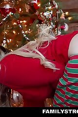 Christmas-themed XXX video with a pale teen