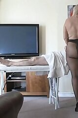 Awesome MILF BBW in black pantyhose likes massage